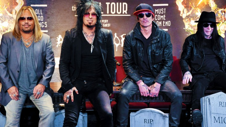 """""""We Never Even Said Goodbye"""": Mötley Crüe Member Calls Out Rude Bandmates For Sour Final Show 