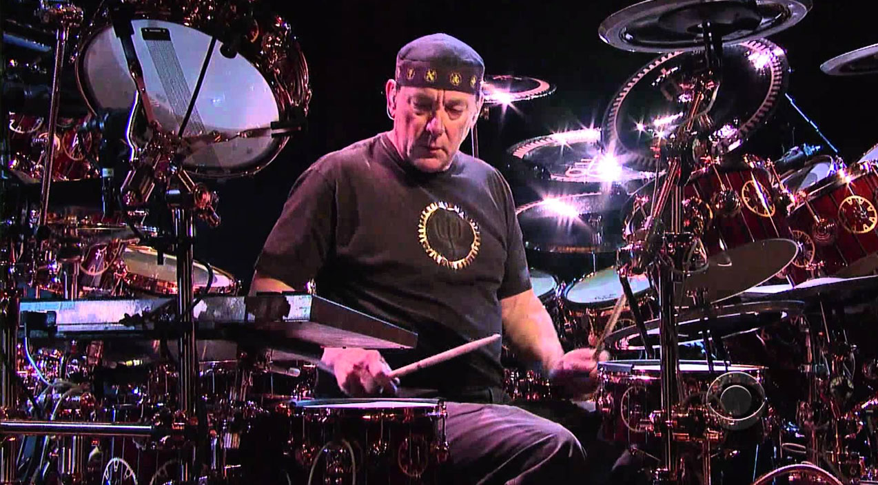RUSH: Neil Peart Crashes Late Night TV, Wows With Epic 6 ...