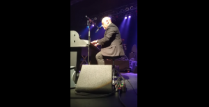 Billy Joel Joins Tribute Band And Surprises Crowd