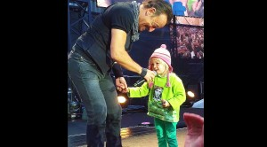 4-Year Old Girl Joins 'The Boss' On Stage And Steals The Show
