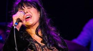"Heart's Ann Wilson Reigns Supreme In Smokin' Cover Of Jimi Hendrix's ""Manic Depression"""