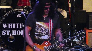 Surprise! Slash Crashes Another Band's Show, Dazzles With THIS Jimi Hendrix Classic