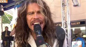 "Steven Tyler Brings Out Inner Janis Joplin With ""Piece Of My Heart"" And We LOVE It"