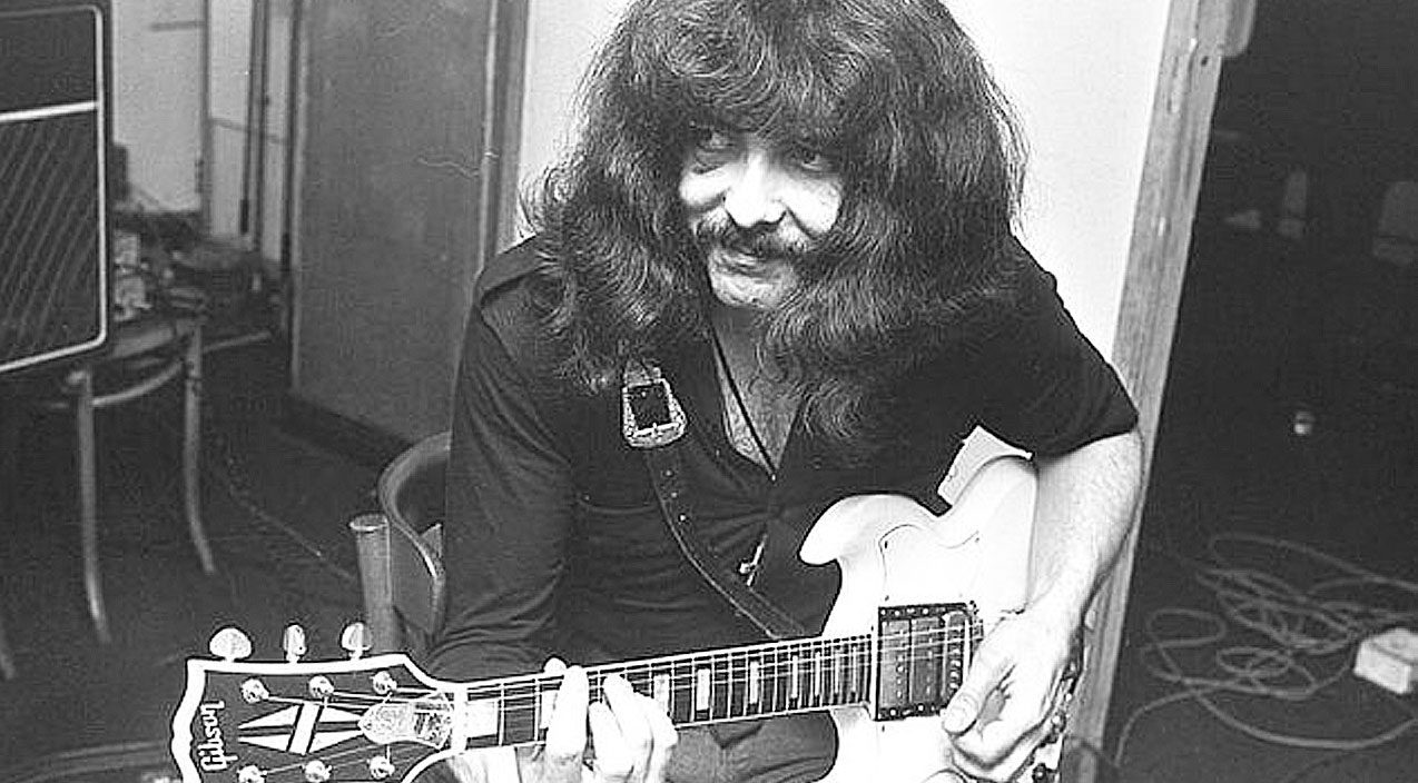 tony iommi s isolated guitar track from war pigs has just surfaced and it s just too amazing. Black Bedroom Furniture Sets. Home Design Ideas