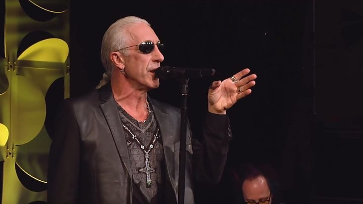 Dee Snider Sings 'We're Not Gonna Take It' On Stage, But The Message Behind It Is Truly Powerful! | Society Of Rock Videos