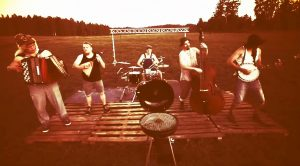 "Finnish Dudes Play Iron Maiden's ""Aces High"" Bluegrass Style And It's As Good As You'd Expect"