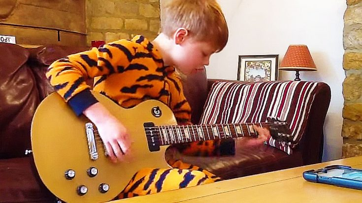 10-Year-Old Blues Fan Plugs In Guitar For Out Of This World Tribute To B.B. King | Society Of Rock Videos