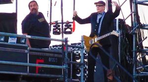 Caught On Camera: Rick Nielsen's Pre-Show Ritual Will Get Anyone Hyped Up Before A Show!