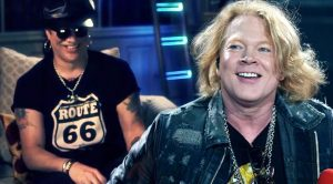 Slash's Reactions To These Hilarious Videos Of Axl Rose Will Have You Crying Of Laughter!