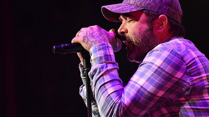 "Aaron Lewis Lights Up Atlanta With Fiery ""Saturday Night Special"" Tribute To Lynyrd Skynyrd 