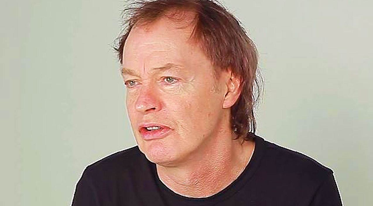 Cliff Is Gone And The Tour Is Over – Now, AC/DC's Angus ...
