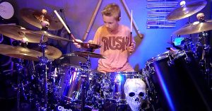 """If ZZ Top Ever Needs A Drummer, Call This Kid – His Cover Of """"La Grange"""" Is Out Of This World"""