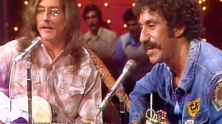"""In One Of His Final TV Appearances, Jim Croce Dazzles With """"Bad, Bad Leroy Brown"""" 