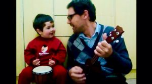 "Baby Boy Sings ""Hey Jude"" With His Dad – It's Too Cute To Handle!"