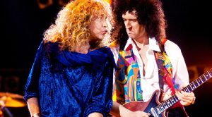 Queen Teams Up With Led Zeppelin's Robert Plant For Unforgettable Tribute To Freddie Mercury!
