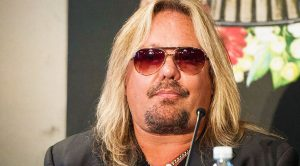 More Bad News For Motley Crüe Lead Singer Vince Neil—This Isn't Good At All!