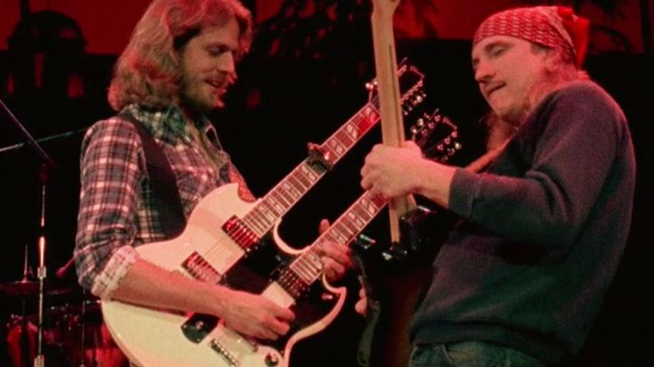 """No One Rocks Harder Than Joe Walsh As He Gets Down With The Eagles To """"Funk #49"""" 