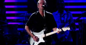 """Eric Clapton Throws It Back To Another Life With Emotionally Charged """"Wonderful Tonight"""""""