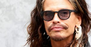 Steven Tyler Sounds Off On The One Thing He Wants You To Stop Being Afraid Of Immediately