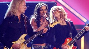 "Gretchen Wilson, Alice In Chains, And Nancy Wilson Collide For Cover Of ""Barracuda"" That Is Too Good For Words"