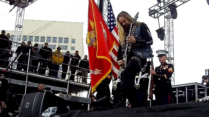 Zakk Wylde Is Brought Onstage To Perform The Star-Spangled – Proceeds To Stun Entire Audience | Society Of Rock Videos