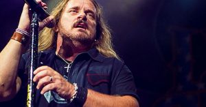 "Johnny Van Zant Looks Back And Gives Thanks For A Life Well Lived With ""Lucky Man"""
