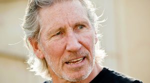 Roger Waters Responds In a Harsh Way To Mark Zuckerberg's Offer