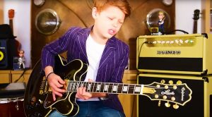 11-Year Old Toby Lee Takes This B.B. King Blues Jam To Another Level With Mind-Blowing Solo