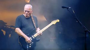 David Gilmour Has Refined His Craft With Epic Performance Of The 'Comfortably Numb' Solo!