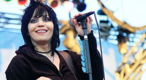 Happy Thanksgiving! Celebrate With Joan Jett's Epic Performance From The Macy's Thanksgiving Parade!