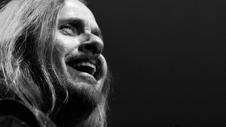 """Johnny Van Zant Marvels At A Life Well Lived And Says A Heartfelt Thank You With """"Lucky Man"""" 