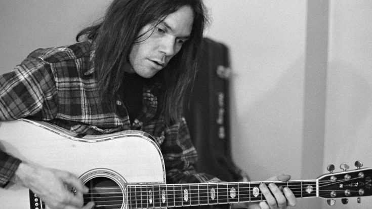 39 Years Ago: Neil Young Responds To Skynyrd's Tragedy With Moving Tribute To Ronnie Van Zant | Society Of Rock Videos