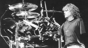 Relive Rick Allen's Return To The Stage As The One-Armed Drummer | 'Pour Some Sugar On Me' Live 1988