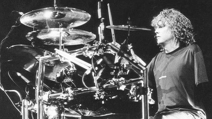 Relive Rick Allen's Return To The Stage As The One-Armed Drummer | 'Pour Some Sugar On Me' Live 1988 | Society Of Rock Videos