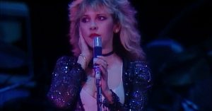 "Get A Sneak Peek Inside One Of Fleetwood Mac's First Ever Performances Of ""Gypsy"""