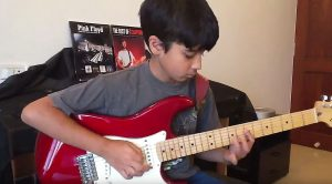 """11-Year-Old Starts Playing """"Comfortably Numb"""" On Guitar And His Parents Immediately Start Filming"""