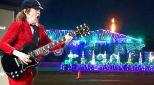 "Family Synchronizes Christmas Lights To AC/DC's ""Thunderstruck""—Every Rock Fan Will Love This!"