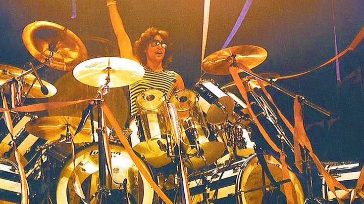 Alex Van Halen Outshines Eddie Van Halen With Mind-Blowing Drum Solo! | Society Of Rock Videos