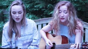 "These Two Girls' Dreamy Cover Of Fleetwood Mac's ""Rhiannon"" Will Send Chills Down Your Spine!"