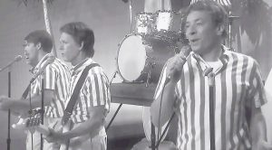 "Jimmy Fallon And Kevin Bacon Have A Lot Of ""Fun"" With This Laugh Out Loud Beach Boys Parody!"