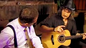 Ritchie Blackmore Unveils The Correct Way To Play The Most Popular Riff In Rock History!