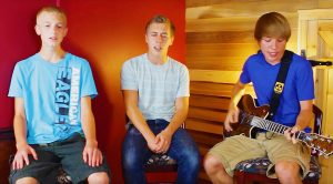 "Teenagers Channel Steve Perry In Heartfelt Cover Of Journey's ""Faithfully""—Their Voices Are Fantastic!"