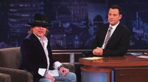 Things Get Awkward When Jimmy Kimmel Keeps Going After Axl Rose In This Interview…