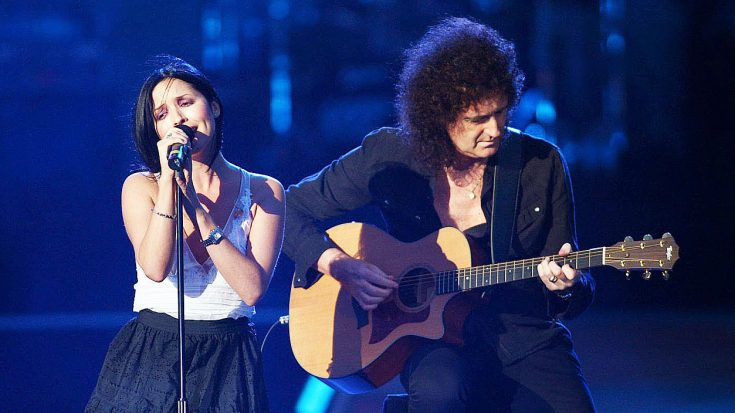 Brian May Brings His Friend Andrea Corr On Stage For Beautiful Performance Of This Classic Queen Hit! | Society Of Rock Videos