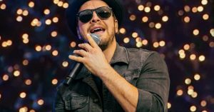"Nashville Lights Up As Gavin DeGraw Rings In The New Year With ""I Don't Want To Be"""