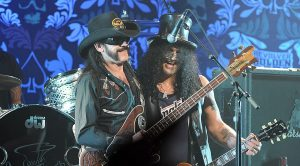 Slash, Lemmy, And Many Other Rock Legends Team Up For Epic Performance Of 'Ace Of Spades'!