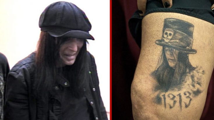 Nikki Sixx Get's Mick Mars' Portrait Tattooed On His Leg And His Reaction Is Priceless! | Society Of Rock Videos