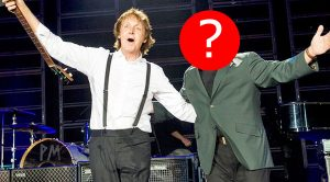 The Crowd's Cheers Were Deafening When Paul McCartney Brought This Surprise Guest To His Stage