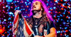 Lynyrd Skynyrd Crank It Up And Roll Out The Red Carpets For A Southern Fried New Year's Eve Bash