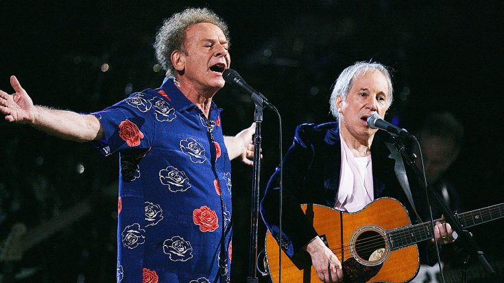 Even 52 Years Later, Simon & Garfunkel Perform 'Sound Of Silence' Like Only They Can! | Society Of Rock Videos